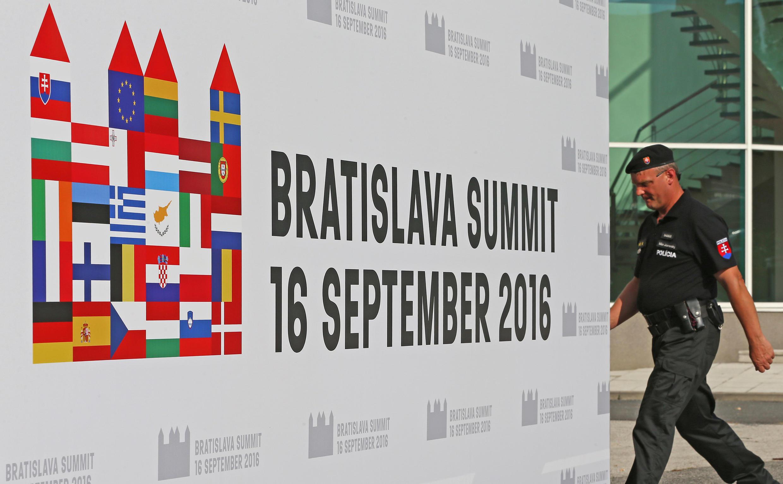 A cimeira de Bratislava é a primeira desde o Brexit em finais de Junho.