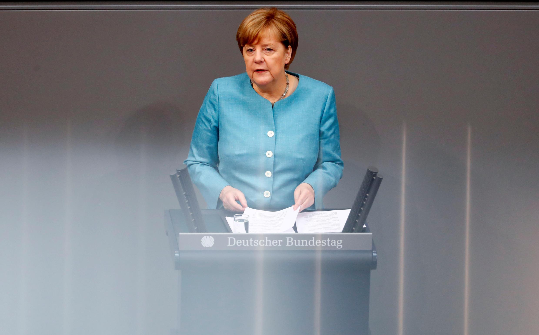 A chanceler alemã, Angela Merkel, fez um alerta nesta quinta-feira (29) sobre os riscos do expansionismo econômico da China.
