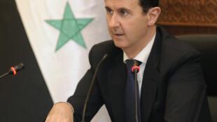 Une photographie de l'agence de presse officielle syrienne Sana montrant Bachar el-Assad lors d'une réunion, le 20 juin 2017.