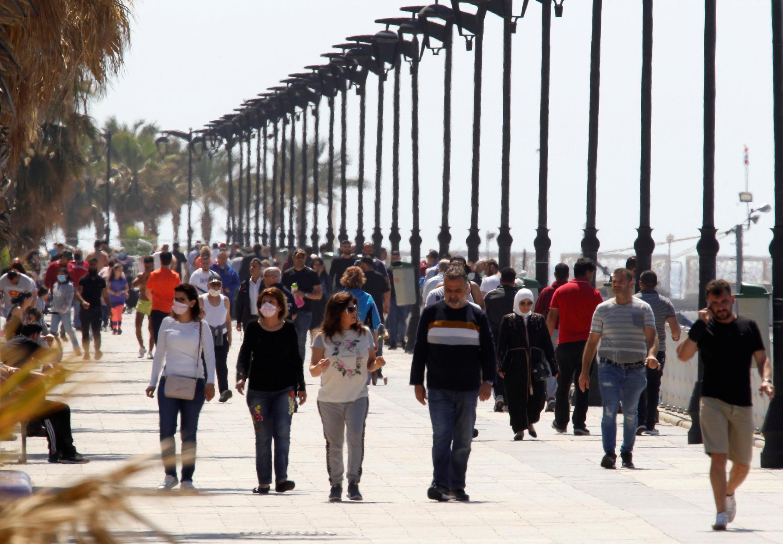 Beirute havia retornado à sua animação habitual desde o início do isolamento, no final de abril. REUTERS / Mohamed Azakir
