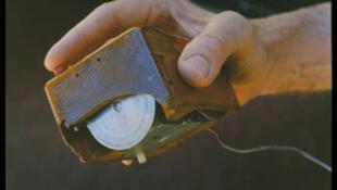 La première souris informatique, inventée par Douglas Engelbart.