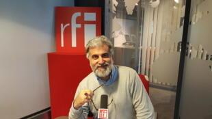 بهمن پناهی، هنرمند خوشنویس و موسیقی دان ایرانی