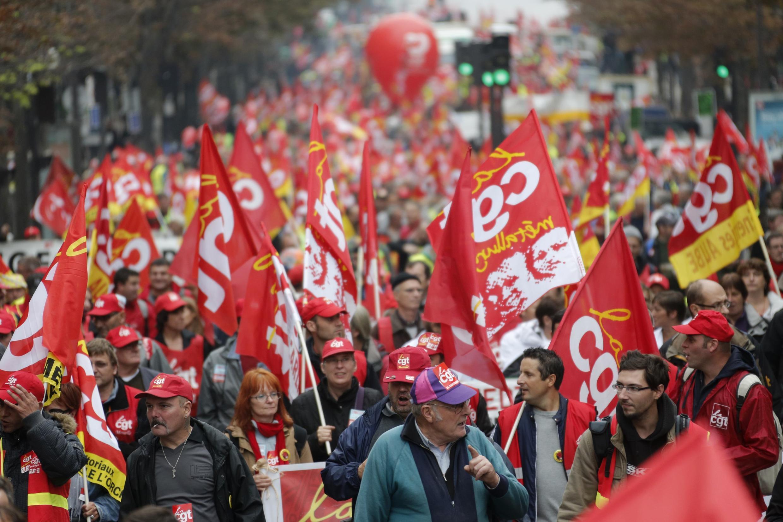 Парижская демонстрация левого профсоюза Всеобщая конфедерация труда (ВКТ/CGT)