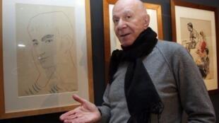 Roland Petit lors d'une exposition qui lui était consacrée à l'Opéra Garnier de Paris, le 9 janvier 2008.