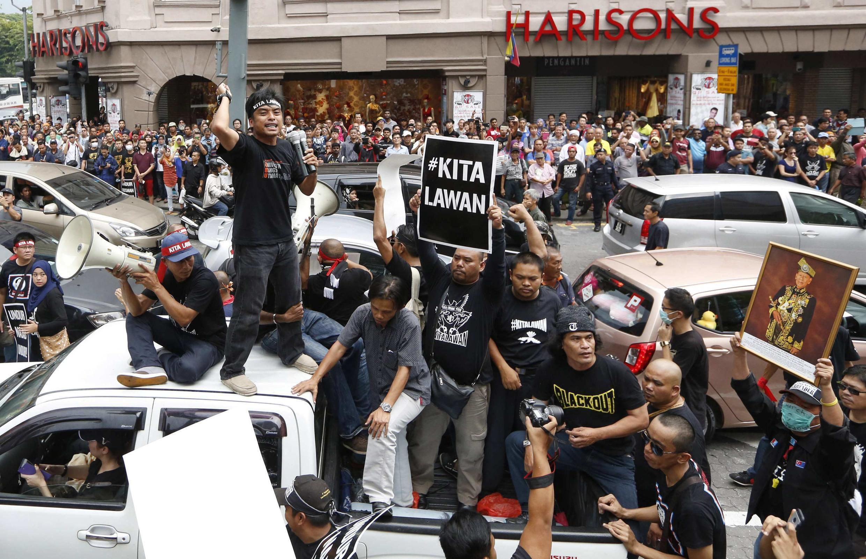 Biểu tình ủng hộ nhà đối lập Anwar Ibrahim, bị kết án tù, Kuala Lumpur, 07/03/2015.