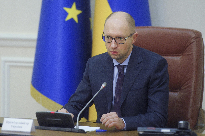 Thủ tướng Ukraina loan báo quyết định cấm công ty hàng không Nga bay qua lãnh thổ Ukraina - REUTERS /Andrew Kravchenko