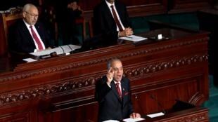 Le Premier ministre désigné Habib Jemli lors d'une session parlementaire pour voter sur le nouveau gouvernement tunisien à Tunis, Tunisie, le 10 janvier 2020.