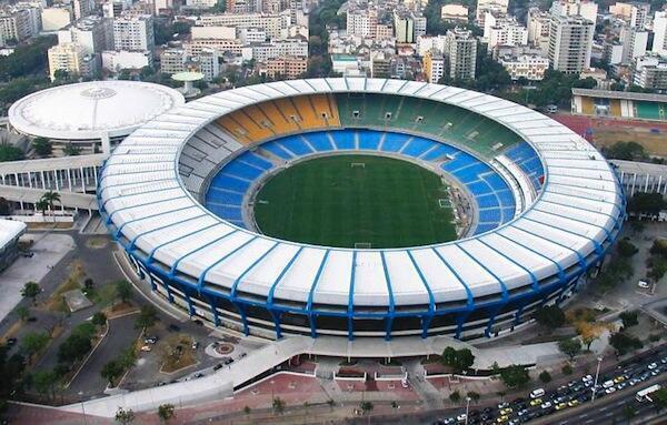 Estádio do Maracanã no Brasil à espera da final Mundial de futebol 2014 Alemanha/Argentina.