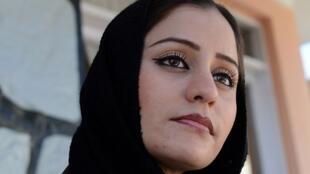 Soosan Firooz, la première rappeuse afghane, raconte dans ses textes ses difficultés au quotidien.