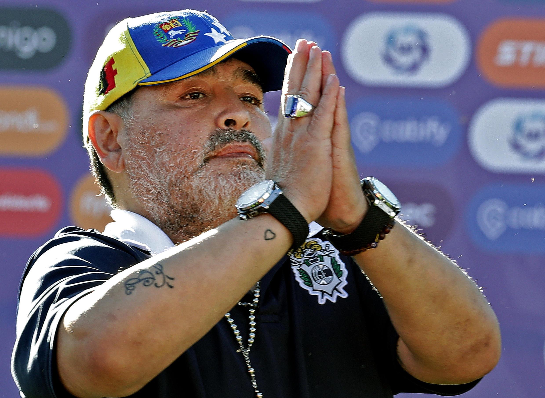 Diego Maradona, alors entraîneur de Gimnasia La Plata, après un match de Superliga contre Estudiantes, à La Plata en Argentine, le 2 novembre 2019