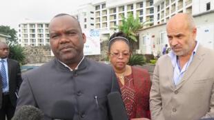 Mwenyekiti wa tume ya uchaguzi nchini DRC, Corneile Naanga akihojiwa na wanahabari jijini Kinshasa, September 25 2017