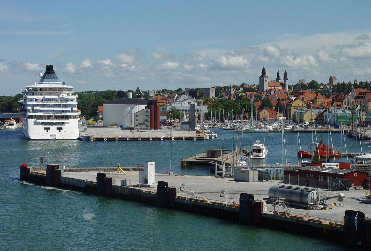Le port de Visby, la seule ville suédoise située sur l'île de Gotland, au milieu de la mer Baltique.