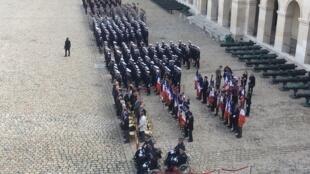 Lễ tưởng niệm riêng cố tổng thống Jacques Chirac ở điện Invalides, trước khi diễn ra lễ tang tại nhà thờ Saint Sulpice, Paris. Ảnh ngày 30/09/2019.