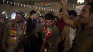 رقص کردهای ایرانی در حمایت از همهپرسی استقلال کردستان عراق
