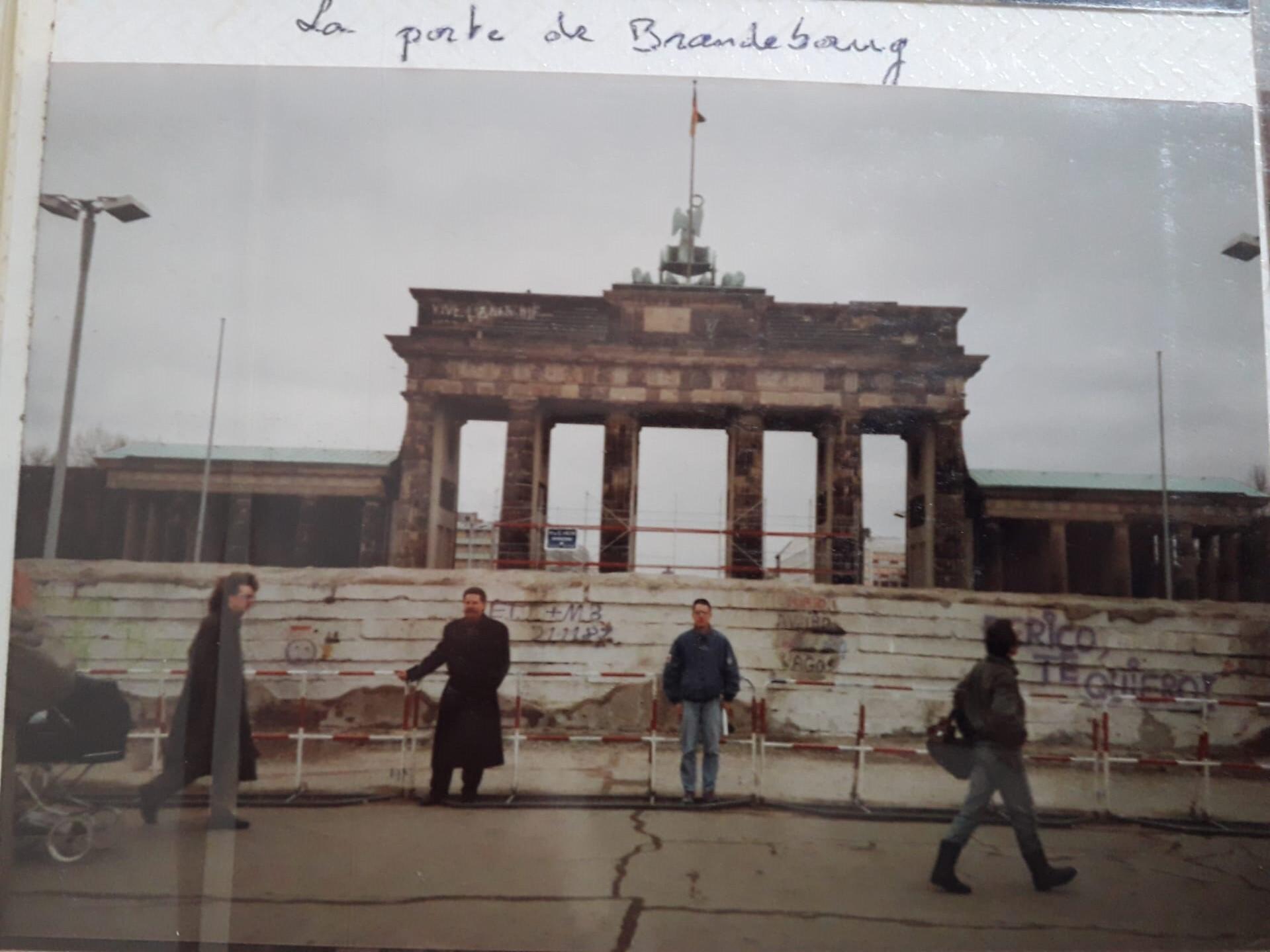 La porte de Brandebourg était devenue le symbole de la division de Berlin.