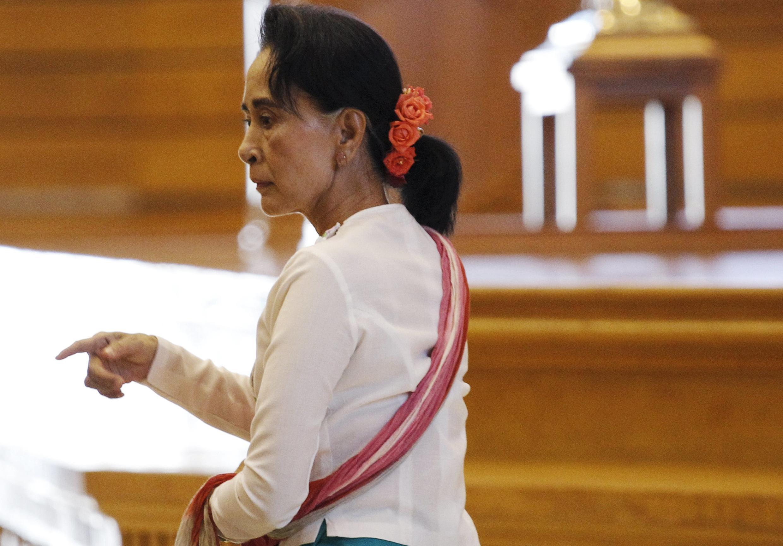 Ảnh chụp bà Aung San Suu Kyi ở phòng họp ở Quốc Hội, ngày 19/11/2015.