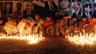 Homenaje a las víctimas del atentado del 8 de agosto 2016 ante el hospital de Quetta, en la provincia pakistaní de Baloutchistan. Atentado reivindicado por el grupo Estado Islámico.