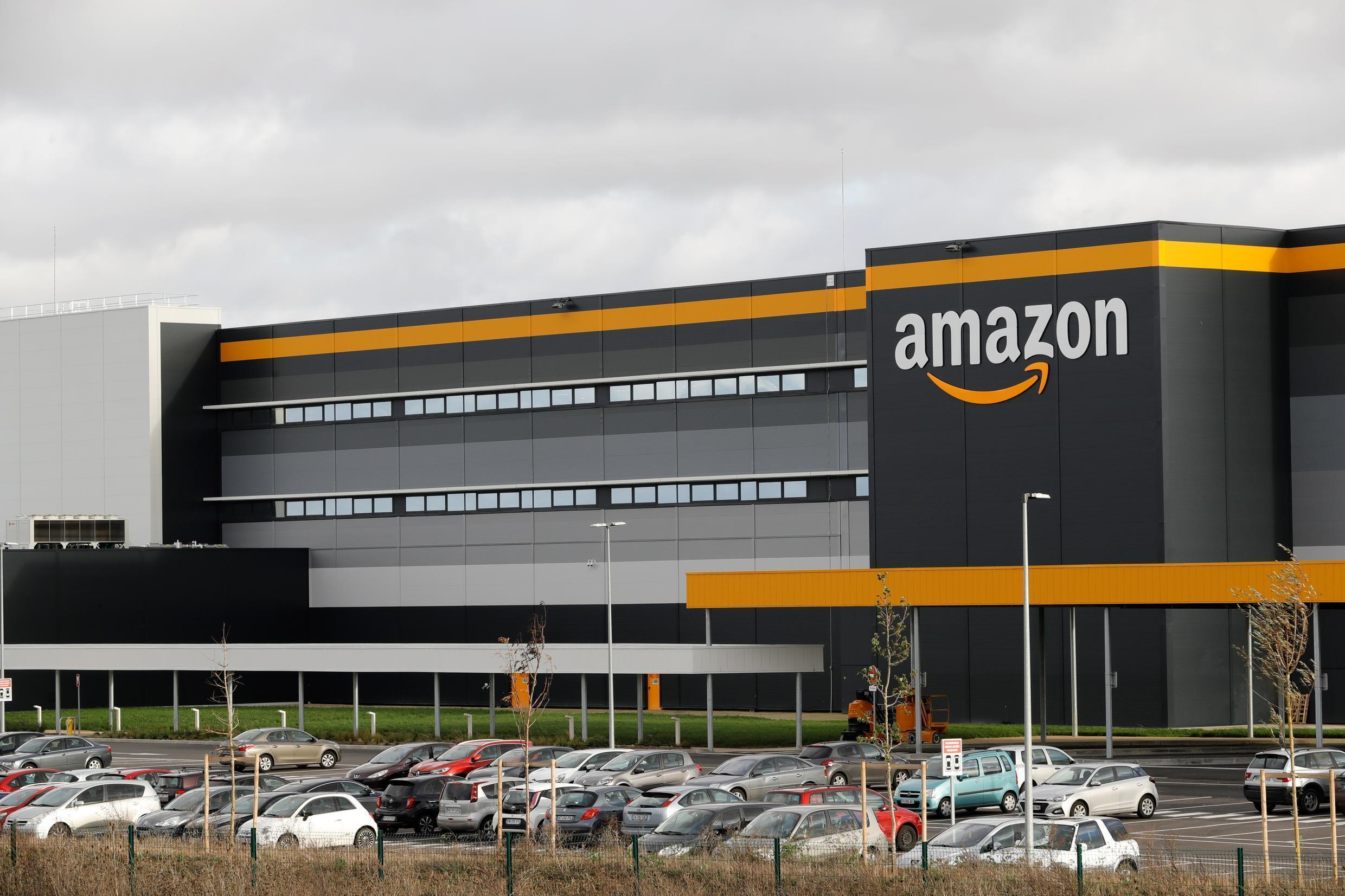 Amazon Frances says it does not know when it will reopen its distribution sites after a court ruled it must review health rules to protect workers during the coronavirus crisis while restricting deliveries to essential goods only