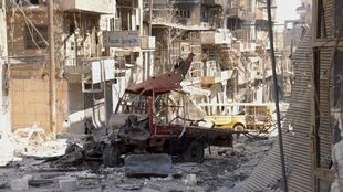 Cảnh khu phố Al Argroub, ngoại ô Alep sau cuộc đấu súng giữa quân đội Syria và lực lượng nổi dậy
