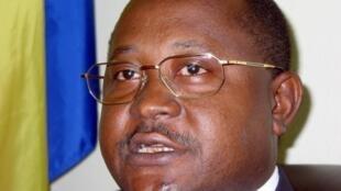Hamada Madi Bolero, secrétaire général du COI en 2004.