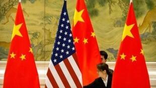 中國與美國國旗資料圖片