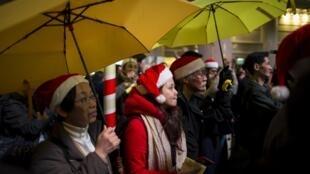 """圣诞节37名旺角""""购物""""者被捕乃占中后人数最多一次"""