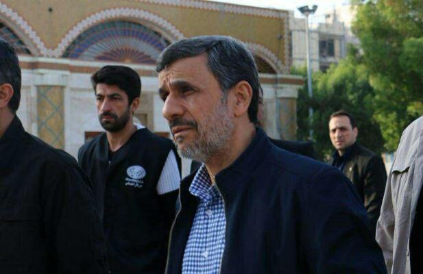 محمود احمدینژاد رئیس جمهوری پیشین در بوشهر