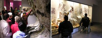 Visiteurs handicapés au musée des Beaux-Arts d'Angoulême (à g., visite tactile).