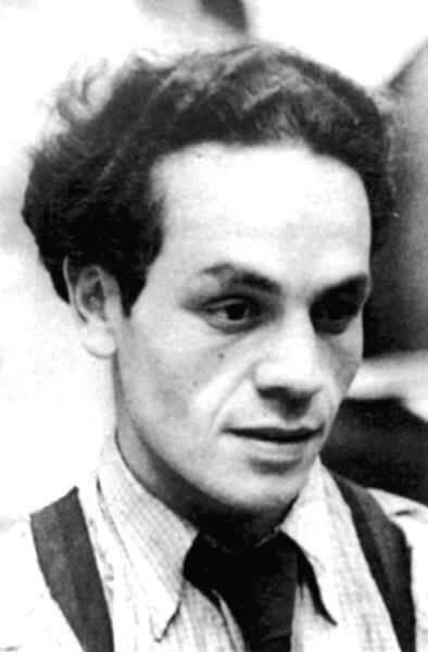El poeta chileno Nicanor Parra en 1939. (Foto cortesía del Instituto Cervantes)