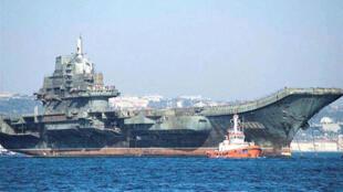 Trung Quốc cho chạy thử hàng không mẫu hạm Varyag (REUTERS)