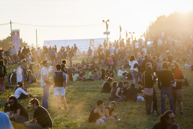El evento reúne cada año a decenas de miles de personas en el Parque de la Courneuve.