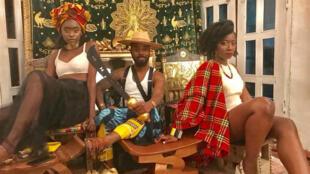 Quand la mode descend des podiums à Abidjan, en Côte d'Ivoire.
