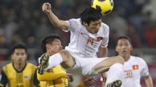 Bóng đá Việt Nam đã có 11 mùa giải chuyên nghiệp