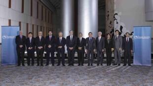 Các bộ trưởng Thương mại tham dự đàm phán Hiệp định Đối tác Thương mại xuyên Thái Bình Dương trước khi bước vào hội đàm ngày 1/10/2015 tại Atlanta, tiểu bang Georgia Hoa Kỳ.