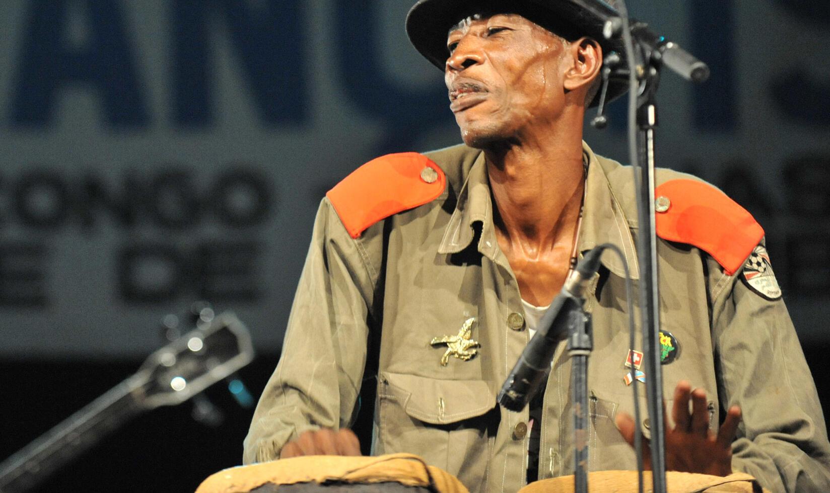 L'artiste congolais Jupiter en 2013 à Kinshasa.