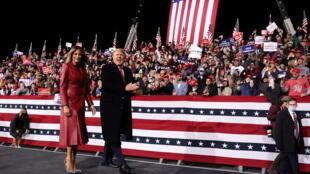 Donald Trump et Melania Trump en campagne en Georgie 2020-12-06T042113Z_1421150281_RC2GHK9FZS5J_RTRMADP_3_USA-ELECTION-GEORGIA