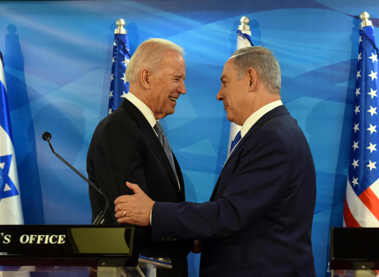 Primeira conversa telefónica cordial entre o Presidente Biden e o PM israelita. Foto de arquivo.
