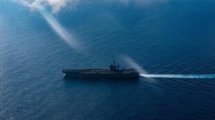 Tàu sân bay USS Theodore Roosevelt (CVN 71) quá cảnh Thái Bình Dương ngày 01/03/2020.