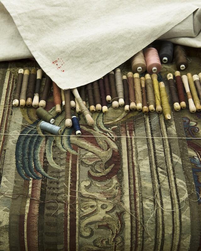 Atelier de tapisserie au Mobilier national.