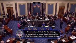 Os republicanos em geral, e o presidente Donald Trump em particular, obtiveram uma grande vitória no Senado dos EUa neste sábado (6).