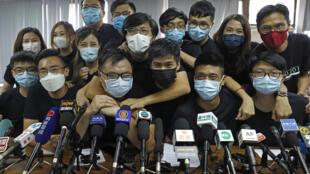 2020年1月,参加去年6月香港民主派立法会选举初选活动的人士均遭逮捕。摄于2020年6月15日