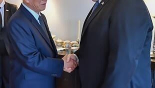 美国国务卿篷佩奥与朝鲜统战部长金英哲在纽约,2018年5月30日。