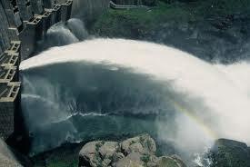 Se estima que el consumo medio de agua virtual es de 3.500 litros diarios por persona.