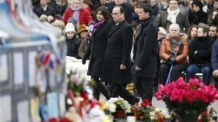 2016年1月10日巴黎共和國廣場舉行悼念2015年在兩次恐襲中喪生的147位遇難者。