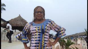 Debbo gollanoowo hoore mum e nder Benin