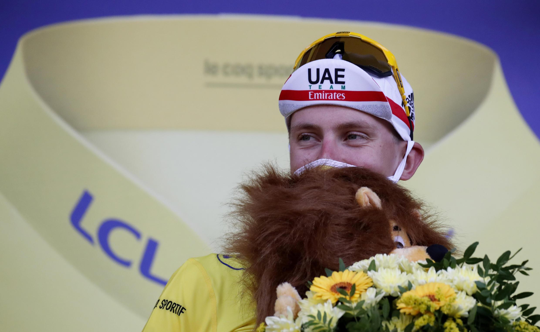 Le Slovène Tadej Pogacar, nouveau maillot jaune du Tour de France à l'issue de la 20e étape qu'il a remportée, un contre-la-montre entre Lure et La Planche des Belles Filles, le 19 septembre 2020
