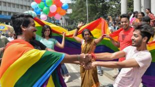 Festejos em frente ao Supremo Tribunal da Índia. 6 de Setembro de 2018.