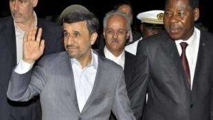 محمود احمدی نژاد و Thomas Boni Yayi رئیس جمهور بنین. ١٤ آوریل ٢٠١٣