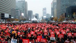 تظاهرات اعتراضی در سئول، شنبه نوزدهم نوامبر