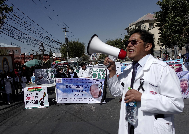 Resultado de imagen para medicos protestan en La Paz